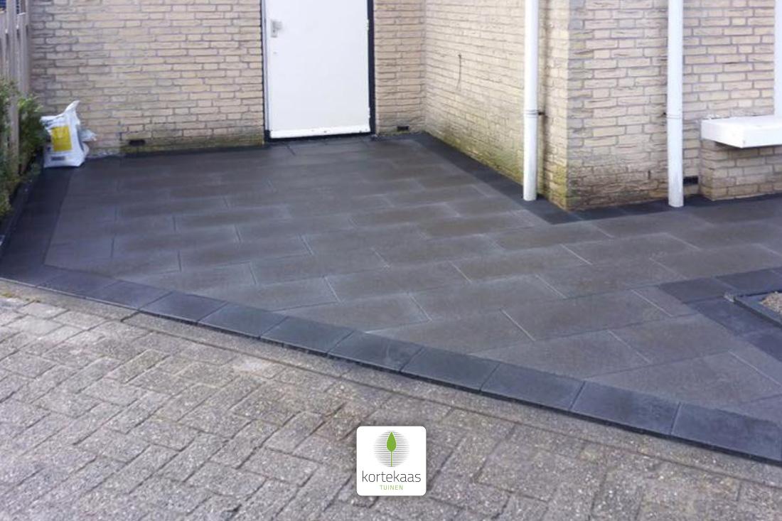 Garagepad door Kortekaas Tuinen Katwijk